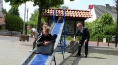 Richtig cool rattert dieser junge Mann die Rollbahn herunter. Bild: Ursula Holtgrewe (Noz)